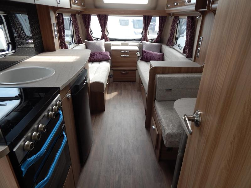 2019 swift Challenger 530 11.JPG