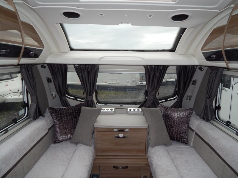 2020 Swift Elegance 480 05.JPG