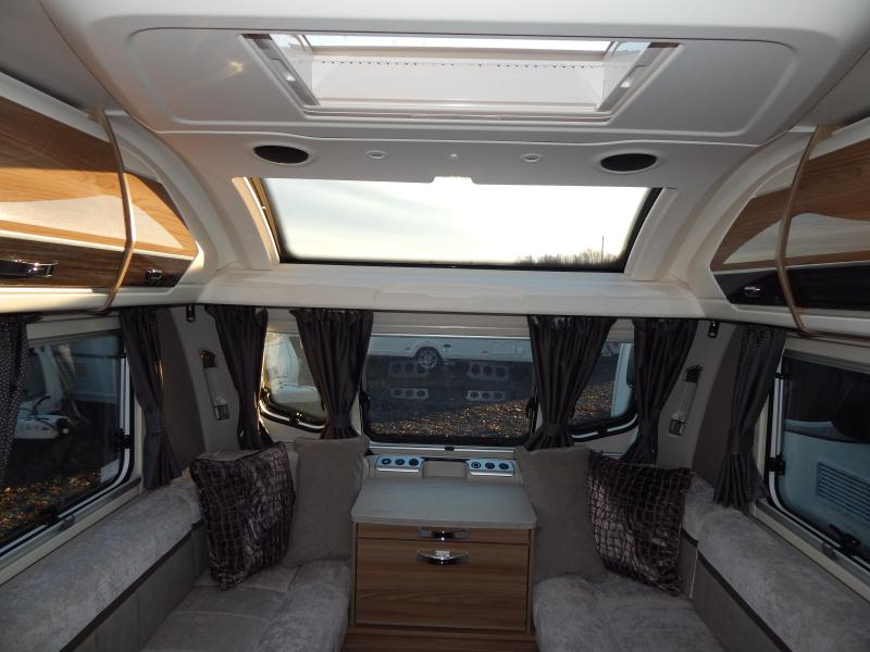 2020 swift Elegance 560 05.JPG