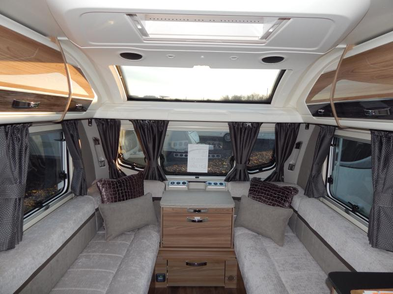 2020 swift Elegance 580 05.JPG